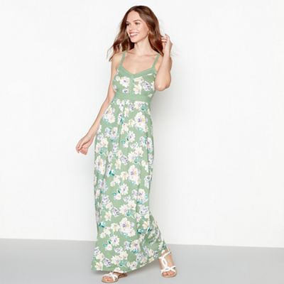 Mantaray   Light Green Floral Print V Neck Maxi Dress by Mantaray