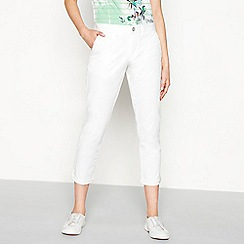 Mantaray - White embroidered 'Girlfriend' regular fit cropped chino trousers