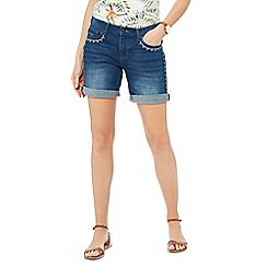 Mantaray - Blue mid wash embroidered denim shorts