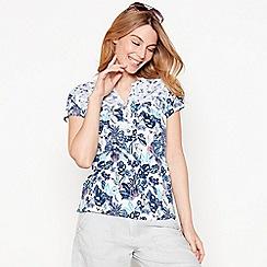 Mantaray - Pale blue floral print cotton V-neck t-shirt