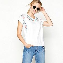 Mantaray - White textured bird print cotton short sleeve bubble hem top