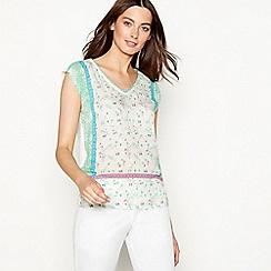 Mantaray - Pale green floral print sleeveless top