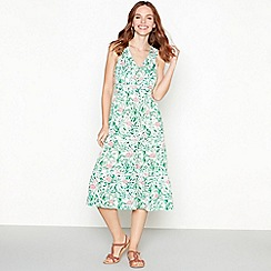 Mantaray - Green leaf print V-neck midi tier dress