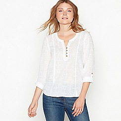 Mantaray - White embroidered notch neck shirt