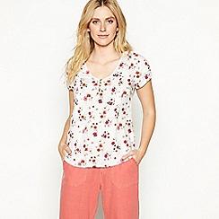 Mantaray - White floral print V-neck short sleeve top