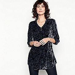 Mantaray - Navy Forest Print Velvet Tunic Top