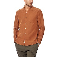 Hammond & Co. by Patrick Grant - Dark tan revere collar long sleeve regular fit shirt