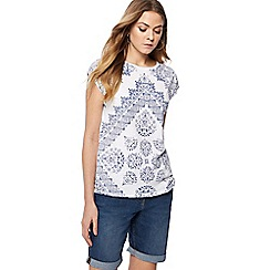 The Collection - Ivory patterned diamante detail t-shirt