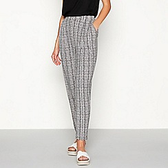 The Collection - Black geometric print loose fit jogging bottoms