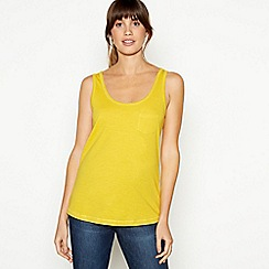 Principles - Yellow Plain Essential Cotton Vest