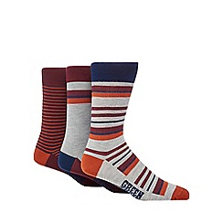 Green Treat - Pack of three assorted striped socks