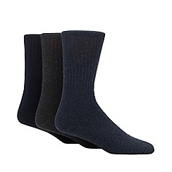 Freshen Up Your Feet - 3 pack navy and grey odour free boot socks