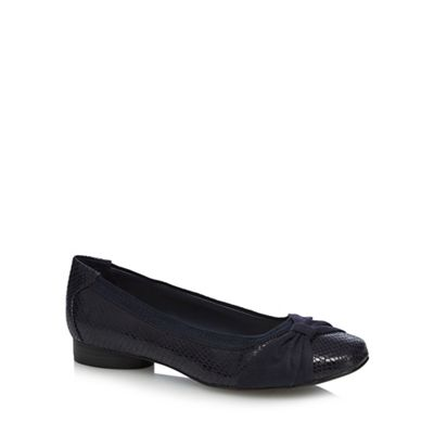 Wide FitGood for the Sole - Navy 'Gabs' wide fit pumps