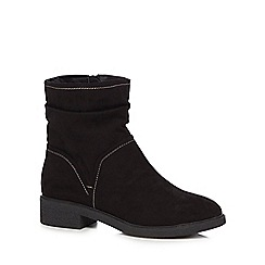 Good for the Sole - Black suedette 'Grayson' mid block heel wide fit ankle boots