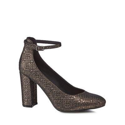 The Collection - Metallic 'Catyah' high block heel court shoes