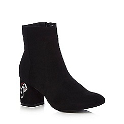 The Collection - Black suedette 'Clematis' mid block heel ankle boots