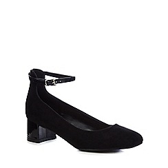 The Collection - Black 'Carla' mid block heel court shoes
