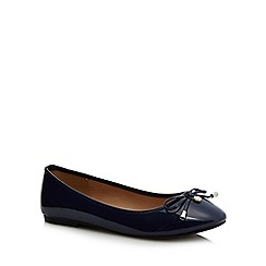 The Collection - Navy patent 'Carrina' wide fit pumps