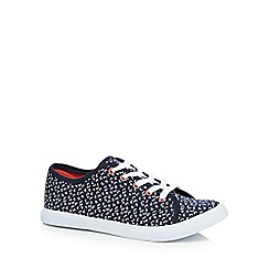 Mantaray - Navy canvas 'Marie' trainers
