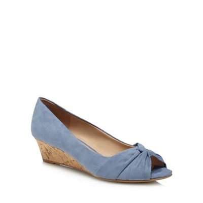 Good for the Sole - Light blue suedette 'Gollie' mid heel wide fit peep toe shoes