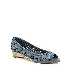 Mantaray - Light blue 'Milli' peep toe shoes