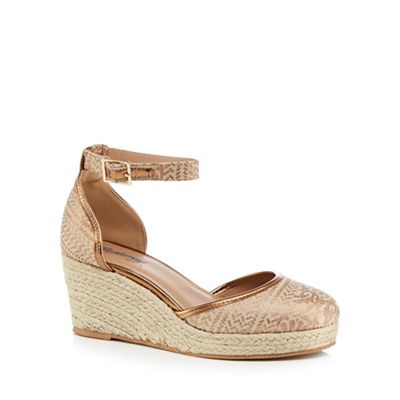 Mantaray - Metallic 'Magic' mid wedge heel ankle strap sandals