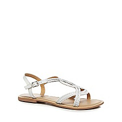 Mantaray - White leather 'Mattice' sandals