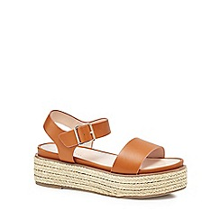 Nine by Savannah Miller - Tan 'Split' mid flatform heel ankle strap sandals