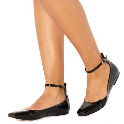 Faith - Black patent 'Annette' pumps