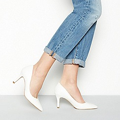 Faith - White faux leather 'Chariot' high stiletto heel pointed shoes