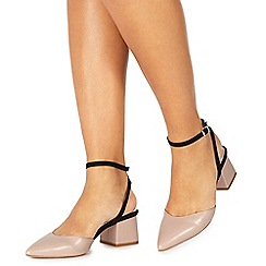 Faith - Light pink 'Carly' mid block heel pointed shoes