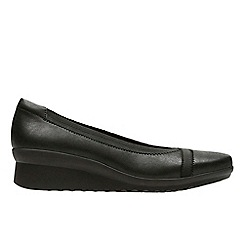 Clarks - Black synthetic 'Caddell Dash' pumps