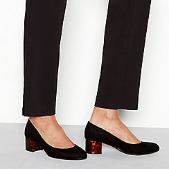 Good for the Sole - Black suedette 'Gianni' mid block heel wide fit court shoes