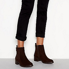 Good for the Sole - Brown 'Grape' block heel wide fit ankle boots