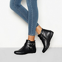 Good for the Sole - Black 'Genny' buckle detail wide fit Chelsea boots