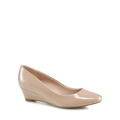 Wide FitGood for the Sole - Natural patent 'Gretchen' mid wedge heel wide fit court shoes
