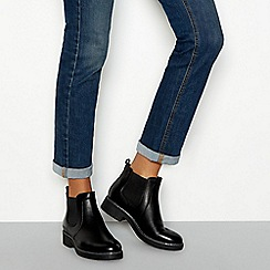 Good for the Sole - Black leather block heel Chelsea boots