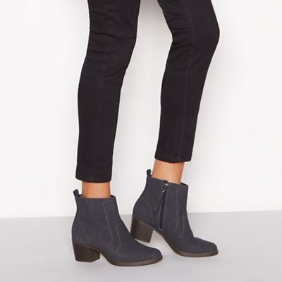 Mantaray - Navy ankle Suede 'Marion' block heel ankle Navy boot 8d3e52