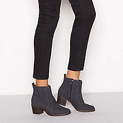 Mantaray - Navy Suede 'Marion' block heel ankle boot