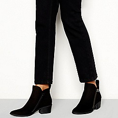 Mantaray - Black suedette 'Mindy' block heel ankle boots