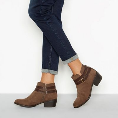 d09bc20530c3 Mantaray - Taupe faux Suedette  Mel  block heel ankle boot