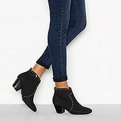 Mantaray - Black 'Monie' studded block heel ankle boots