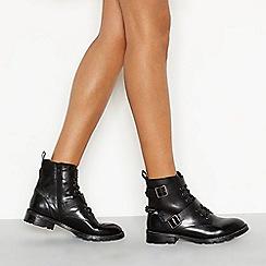 Nine by Savannah Miller - Black leather 'Sassy' biker boots
