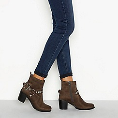 Nine by Savannah Miller - Camel Brown block heel ankle boots