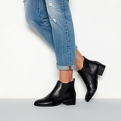 Faith - Black faux leather 'Bunson' block heel ankle boots