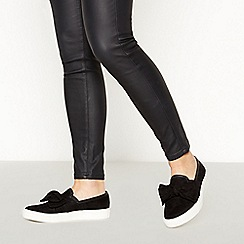 Faith - Black Slip On Bow Trainers