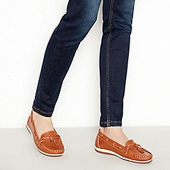 Good for the Sole - Tan Faux Leather 'Gandara' Wide and Comfort Fit Boat Shoes