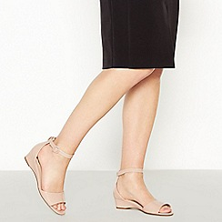 Good for the Sole - Light Pink Patent 'Georgia' Wide and Comfort Fit Wedge Sandals