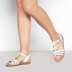 Good for the Sole - White Flower 'Gerbera' Wide Fit Sandals