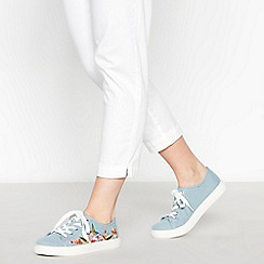 Mantaray - Light Blue Floral Embroidered Trainers
